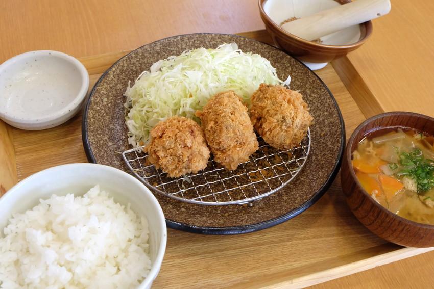 角煮カツ定食