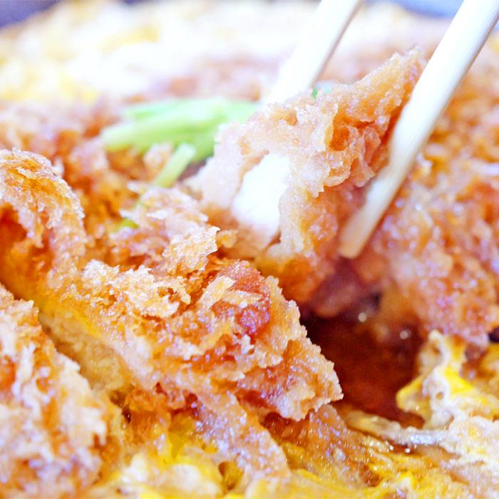 チキンカツ煮定食1,180円