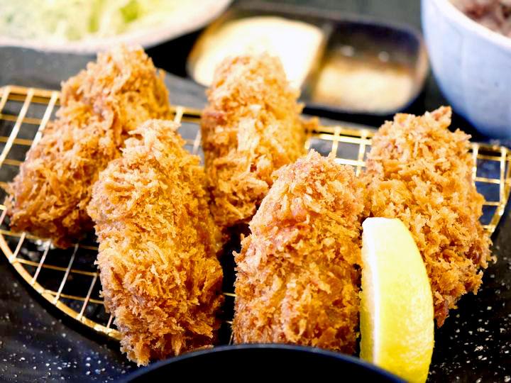 かきフライ定食(かきフライ5個) 1,380円